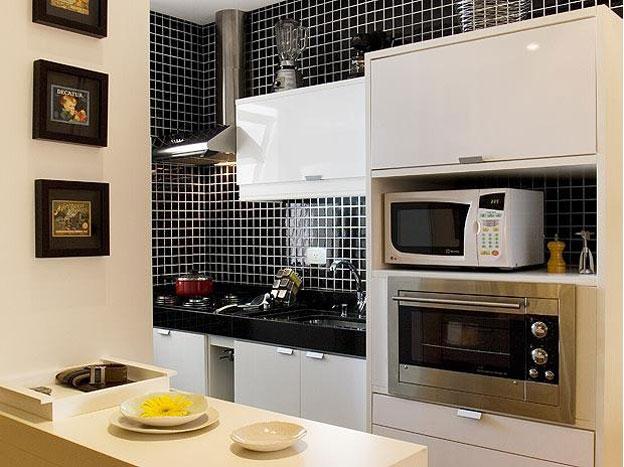 Cozinha Planejada com Pastilha de Vidro Cristal V