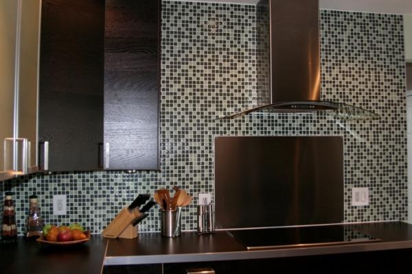 Cozinha Planejada com Pastilha de Vidro Cristal X