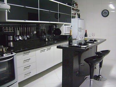 Cozinha Planejada com Pastilha de Vidro Cristal VIII