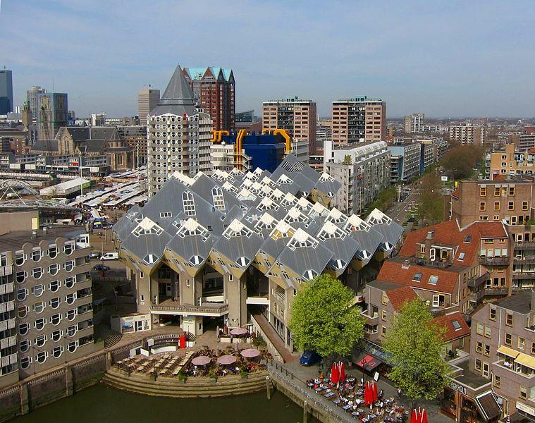 Casas Cubicas de Piet Blom III