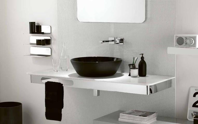 Banheiro com Pastilhas de Vidro - 008