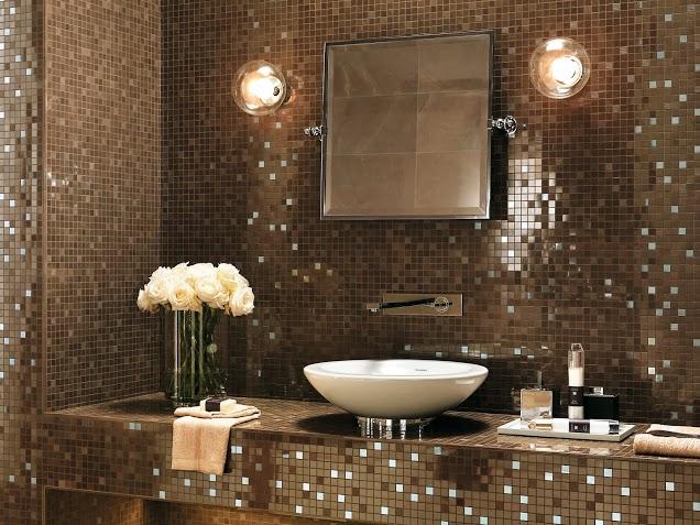 Pastilhas de Vidro – Casinha Bonita -> Banheiro Com Faixa De Pastilha Preta