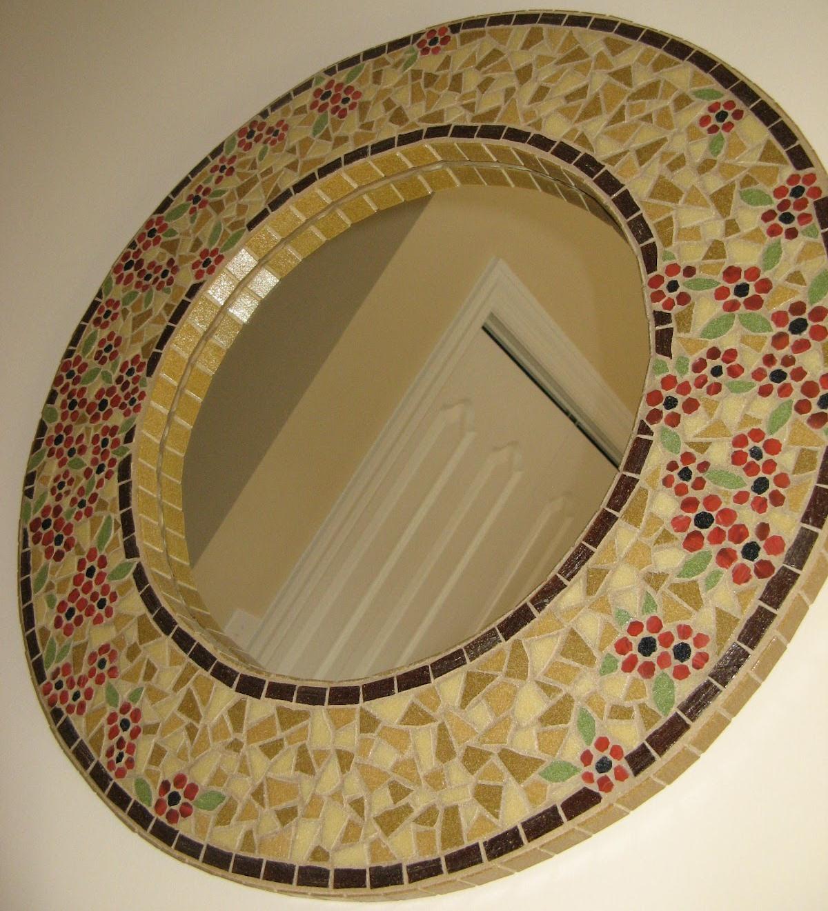 Espelho Redondo com Mosaico