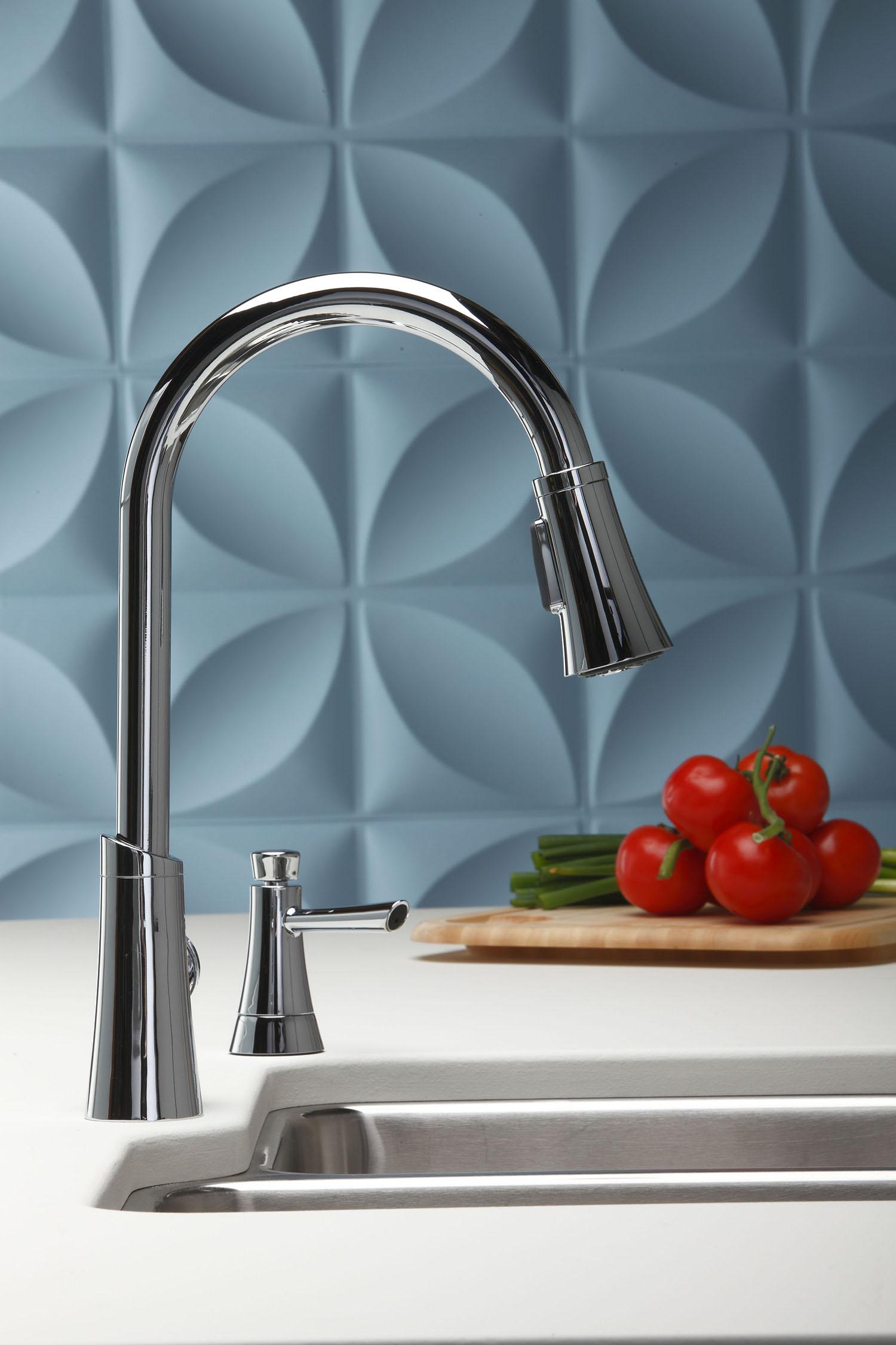 Torneira Gourmet com extensor e monocomando. Detalhe para o dispenser de detergente. Fonte.