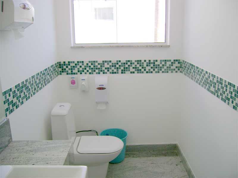 Banheiro com Pastilhas de Vidro Cristal X