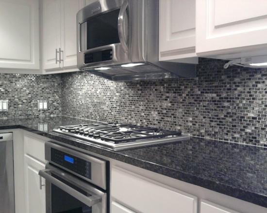 Cozinha Planejada com Pastilha de Vidro Cristal II