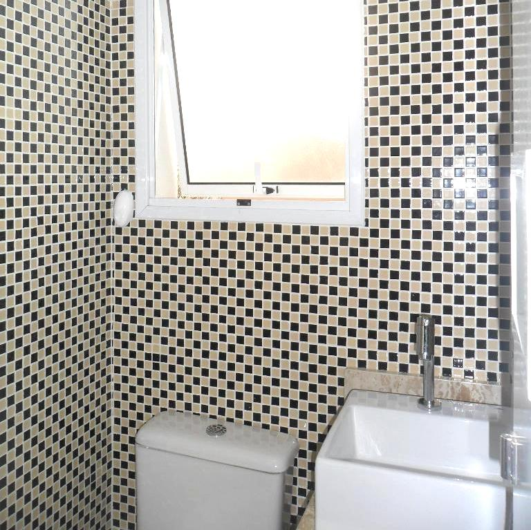 Banheiro com Pastilhas de Vidro - Sidneia SP