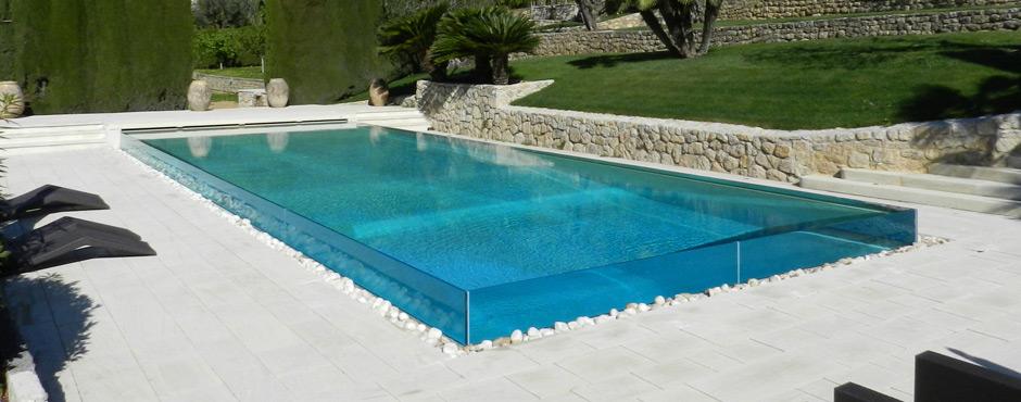 Piscinas com pastilhas de vidro casinha bonita for Piscinas pool