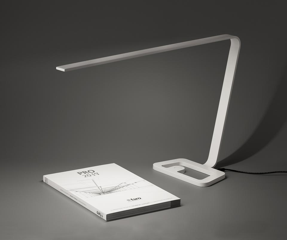 Luminária de LED. Fonte.