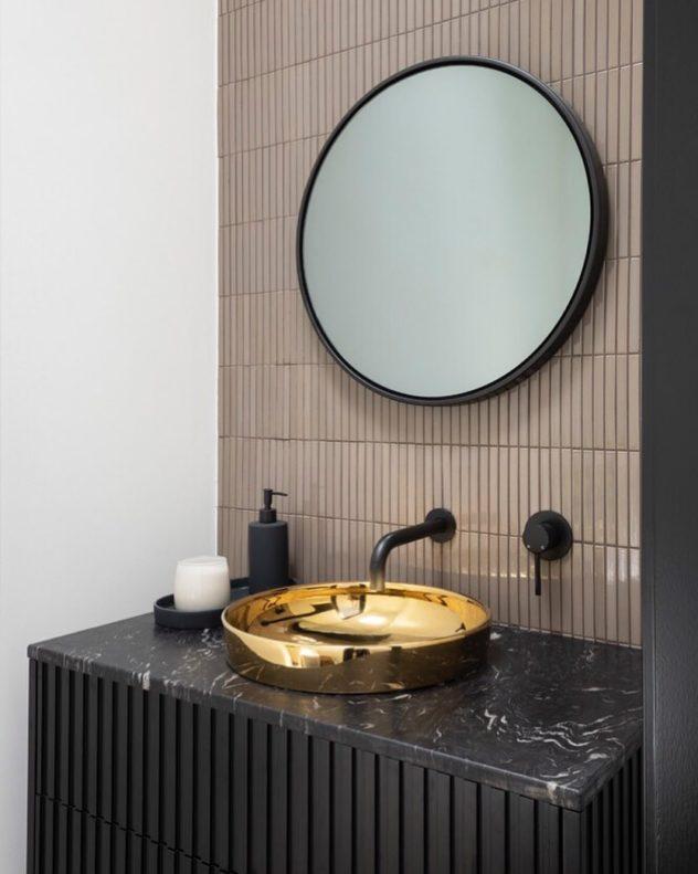 Cuba Banheiro Dourada